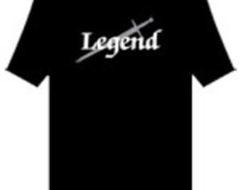 MENS FAIRWEAR umweltfreundlich T-shirt-Herren-Bio-Baumwolle-T-SHIRT mit Legende Motiv von schön Visuals, Vegan freundlich, schönes Geschenk