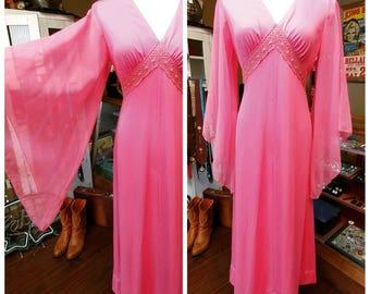 Clearance *** Vintage Bubblegum Pink Chiffon Butterfly Sleeve Dress
