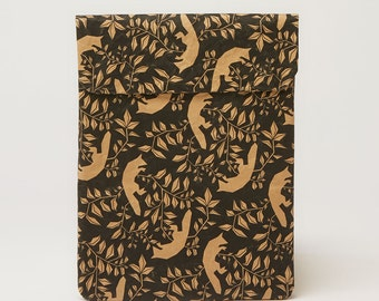 Flying Foxes iPad & Tablet Paper Sleeve