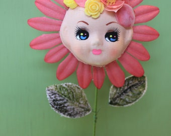 Vintage Style Doll Head Flower Girl Decoration,Rose Petals and  Pink and Yellow Plastic Flowers