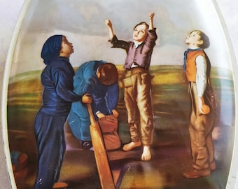 Vintage Huntley & Palmer's biscuit tin  -  mid century old tin - boys playing cricket