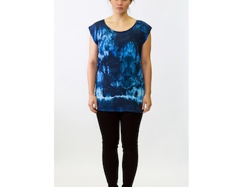 Women's Indigo/Dark Blue Abstract Organic Pattern - Tie Dye Hand Dyed Shibori Silk Tunic - 354