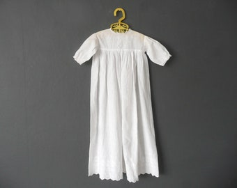 Antique Christening gown - cotton lawn Christening dress - 1920s long baby dress - antique baptism dress - vintage Christening gown