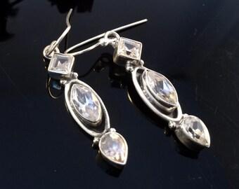 Sterling silver 925 Earrings,Clear Quartz Earrings, gemstone jewelry,Dangle earrings,bezel set minimalist earrings April birthstones