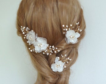Wedding Headpieces Gold Bridal Hair Pieces  Silk Hair Flowers baby's breath Off White and Ivory Hair Flowers  Wedding Hair Combs Hair pins
