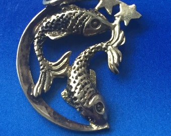 Gold Pisces gold charm
