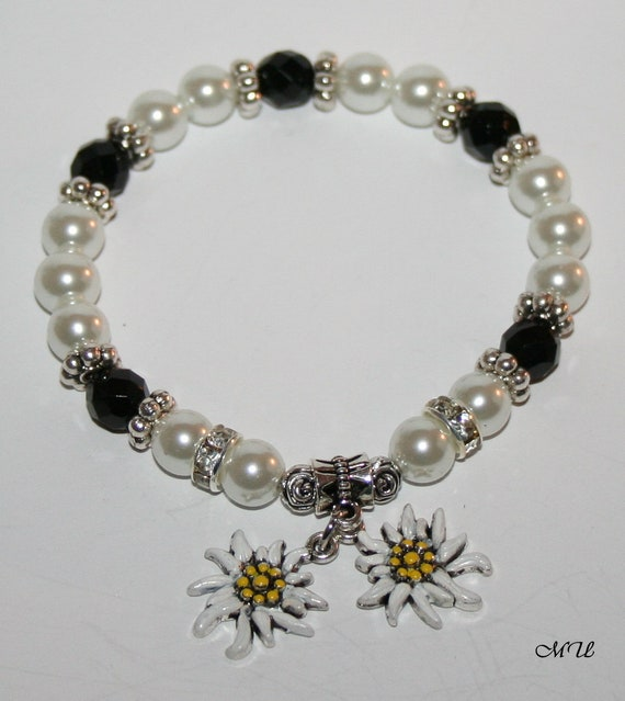 Edelweiss-pearl bracelet white-black