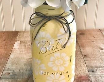 Painted mason jar, mason jar decor, vase, floral centerpiece, XL size, half gallon mason jar, Spring decor, mother's day gift