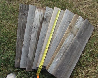 DIY  Do It Yourself Sign   10 Reclaimed Fence Boards - 24 Inch Length - Weathered Barn Wood Planks Good Condition - Sign Boards
