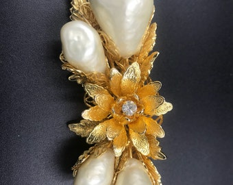 Hobe 1965 Brooch Condition Outstanding!