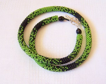 Black and Green Bead crochet rope necklace - Beadwork necklace - Seed beads jewelry - Elegant necklace