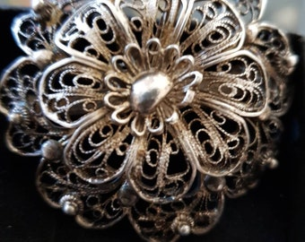 Antique filigree Victorian brooch