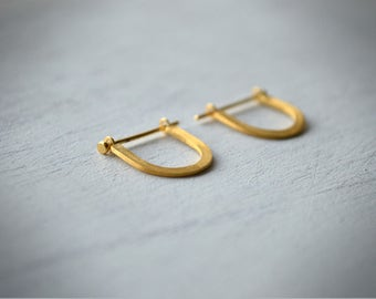 Lucky Horseshoe U Earrings