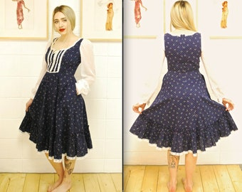 1970's/80's Blue Floral GUNNE SAX Sun Dress Dress with Lace Up Bodice / Gunne Sax by Jessica / Rare Collectable Retro