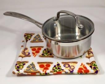 Pizza Pot Holder, Hot Pad, Pot Holder, Trivet, Pizza, Gift, Fabric Pot Holder, Fabric Hot Pad, Oven Mitt, Hostess Gift, Gift