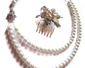 Necklace pearls cream color rhinestone silver 'Hamsa'