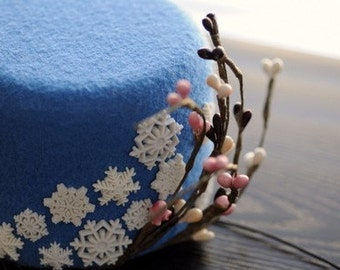 Snowflake Cocktail Hat Winter Wonderland Blue Wool Felt Mini Pillbox Hat