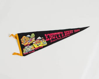 vintage Knott's Berry Farm felt banner souvenir flag Buena Park California