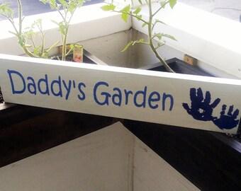 Garden Sign | Custom Vegetable Garden or Flower Garden Sign | Personalized for You | Gift for Gardener, Grandma, Grandpa, Mom & Dad