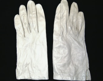 Vintage 1950's 60's Miss Aris Ivory Color Leather Driving Gloves - Size 6 1/2