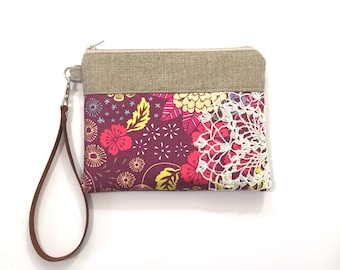 Women's Wallet - Wristlet Purse - Vintage Lace Bag