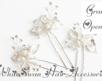Silver Hair Pin for Wedding, with Crystals & Pearls / Hair Pin, Wedding Hair Pin, Bridal Hair Pin, Silver Hair Pin, Crystal Hair Pin
