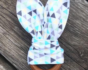 Wooden Teething Bunny ~ Organic Teether ~ Baby Toy ~ Wood Teething Toy ~ Teething Ring ~ Baby Shower Gift ~ Girl Shower gift