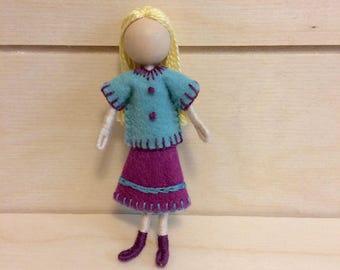 Kayla - Dollhouse doll - Miniature doll - Bendy doll - Faceless doll - Waldorf doll - Montessori