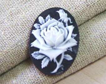 12  pcs of resin rose cameo --18x25mm-0161-3-white on black