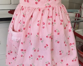 Roses and Stripes Vintage Apron, Vintage Apron, Pink Roses and Stripes Vintage Apron