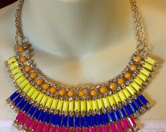 Vintage 1990's tribal rhinestone acrylic rectangle beads necklace