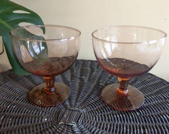 Set of mauve glass goblets