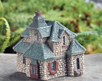 My Fairy Gardens  Mini - Micro Mini Gables Cottage - Miniature Supplies Accessories Dollhouse