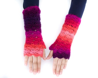 Crochet fingerless gloves  in pink and purple -