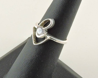 Size 5 Sterling Silver And .50ct Round Rhinestone Ring