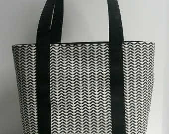 Medium size tote bag in black and ecru thick fabrics and black faux