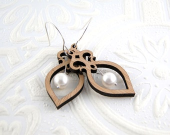 Amphora Earrings - Bamboo and Pearl