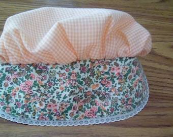 Small child pioneer sun bonnet