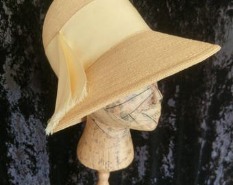 Vintage Lilly Dache 1960 Cloche Sun Hat