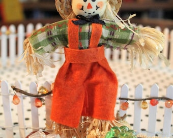 Fall Harvest Dollhouse Hand-Decorated White Picket Fence With Scarecrow and Fall Accessories