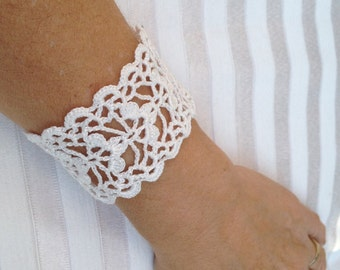 Tutorial  Crochet Pattern, Lace  Cuff Bracelet,  Bracelet Pattern, Tutorial lacy, Cuff pattern, PDF File,Crochet Pattern, Wedding Accessory
