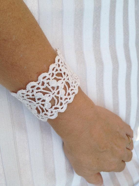 Tutorial Crochet Pattern Lace Cuff Bracelet Bracelet