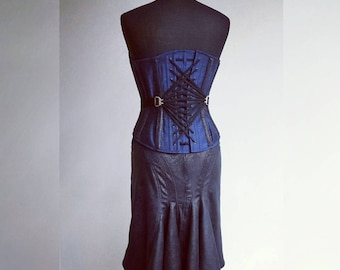 "Corset and skirt ""Saphira"" // Silk corset with fan-lacing and faux leather bustle skirt made to measure."