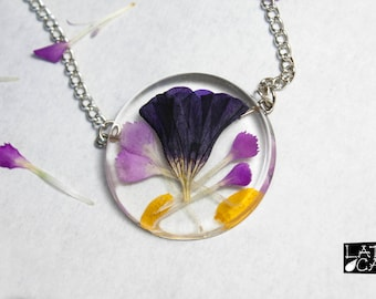Flower Petals Pendant Necklace
