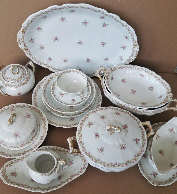 Like this item? & Wm Guerin Limoges France Pink Roses 60 PC Dinnerware Set