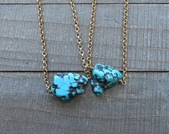 Turquoise Nugget Pendant Necklace/ Blue Turquoise Nugget Wire Wrapped Chain/ Layering Delicate Statement Necklace (EP-GSQ24)
