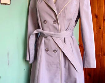 Vintage Trench With White Pipping and Pleated Back Detail