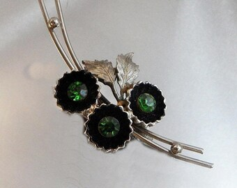 BIG SALE Vintage Green Rhinestone Shadowbox Flower Brooch.  Silver Tone Green Rhinestone Floral Pin.