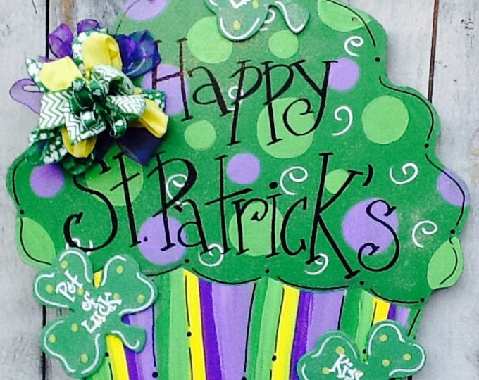 St patricks door hanger, luck o the Irish sign, lucky charm door hanger, spring door hanger