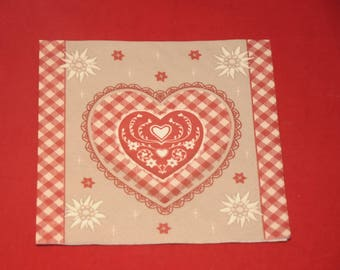 """home deco """"heart and edelweiss"""" themed paper napkin"""